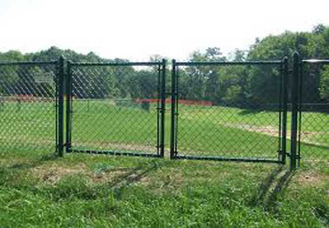 black vinyl chain link gates and fencing