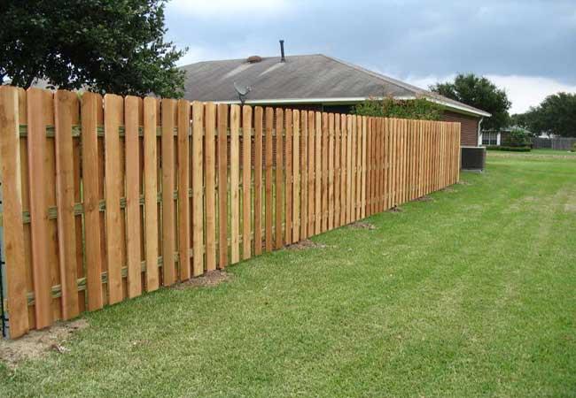 Wood fencing picket privacy gates all4fencing for Staccionata in legno ikea